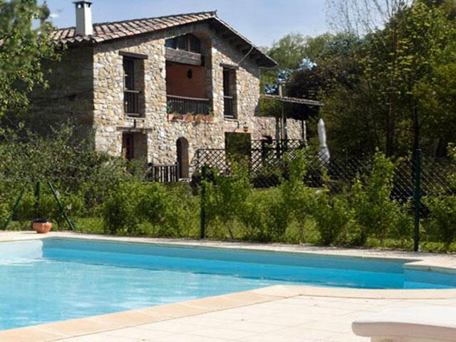 The pool is secluded from the house to enjoy in peace and privacy  - Restored Farmhouse w/ Pool and Mountain Views (3) - Girona - rentals