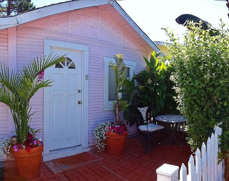 Entrance  - PrivatePleasurePt BeachCottage*Hottub*Wifi*dogsok - Santa Cruz - rentals