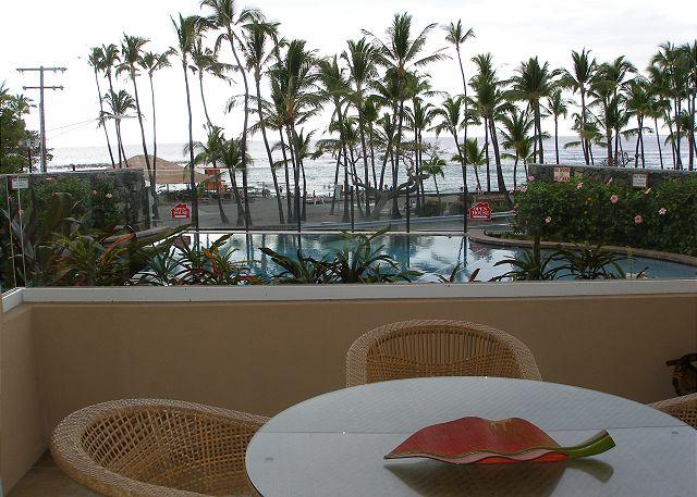 Direct view of Kahaluu Beach from your lania living room and b