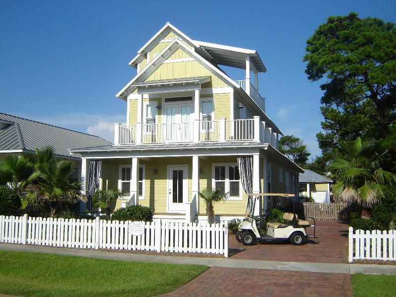 Crystal Beach House...Your Home Away from Home - Luxurious 6BR house in Crystal Beach with pool/spa - Destin - rentals