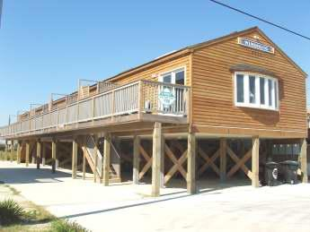 Windsong Condos are a 4 unit complex just across the street from the beach with deeded beach access