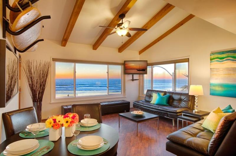 Living Room with 2 Euro Loungers that convert to Queen Beds - 180 Full Ocean View - Surf Rack