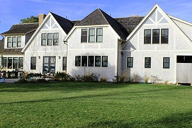 1566 - LUXURY HOME ON FARM NECK GOLF COURSE WITH GREAT WATERVIEWS - Image 1 - Oak Bluffs - rentals