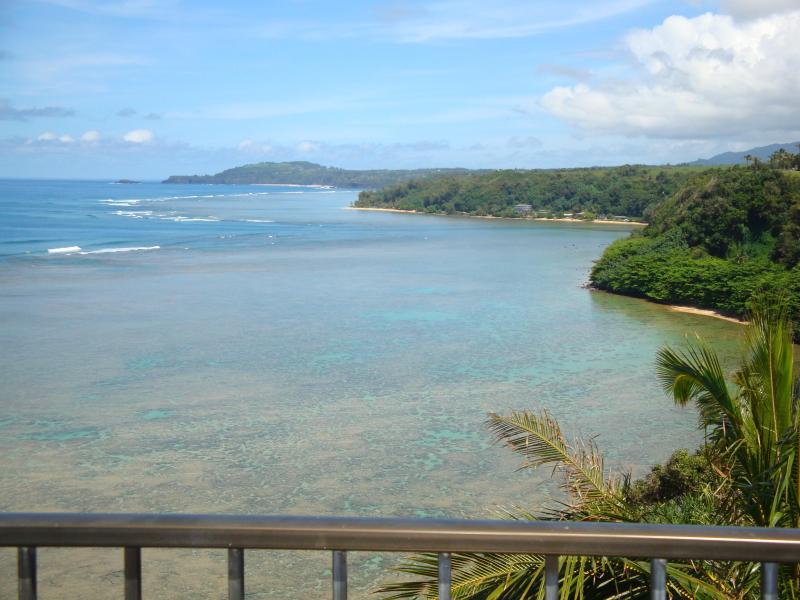 Direct & unobstructed views of Kauai's Northshore coastline from Lanai...Breathtaking Views!