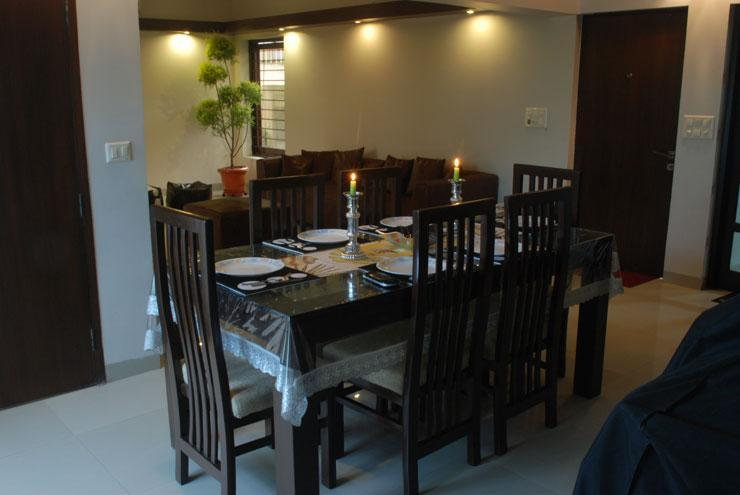 Dining Room.  Picture Taken at 14:00 Hrs Hours.  This pic refrenced in next Snap