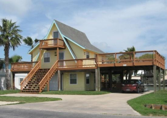 Copano Palms front view of house. - Copano Palms - Rockport - rentals