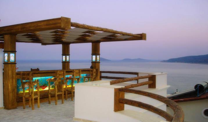 Roof Terrace Bar with view of Kalamar bay & islands