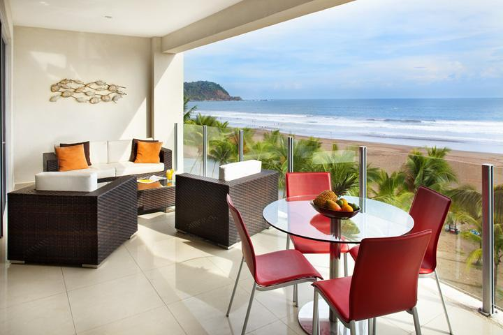 Spacious terrace with ocean view