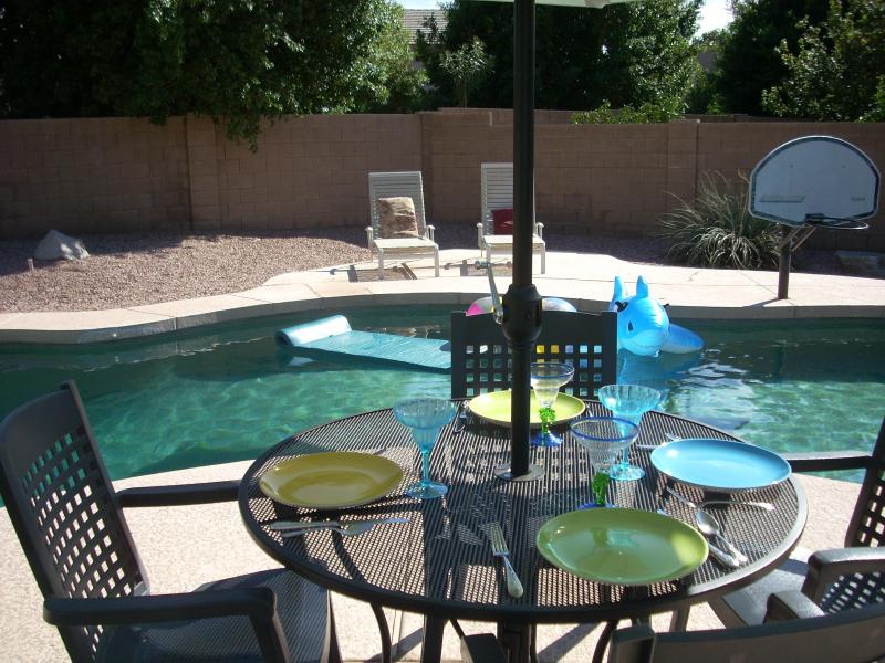 gated heated pool - Sunny Arizona heated pool-spa - Peoria- Glendale - Phoenix - rentals
