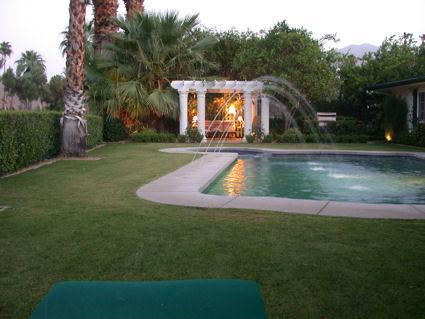 Pergola and pool - Complete with Fountains!
