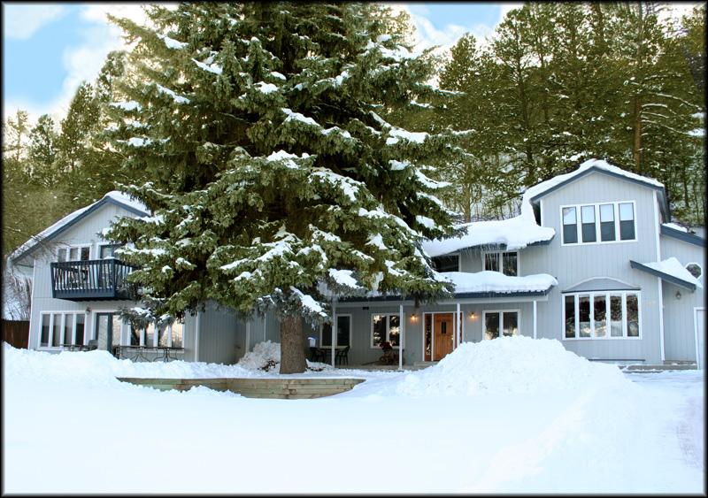 Tall Spruce House - guests enjoy Ski & Spa discounts