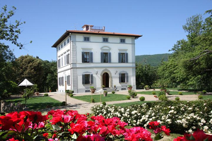 Luxury villa in Chianti
