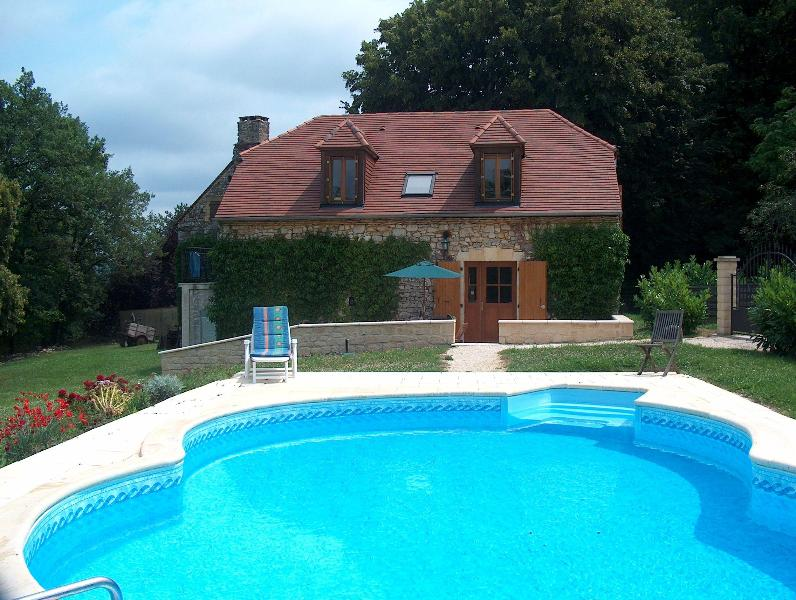 Cottage and pool