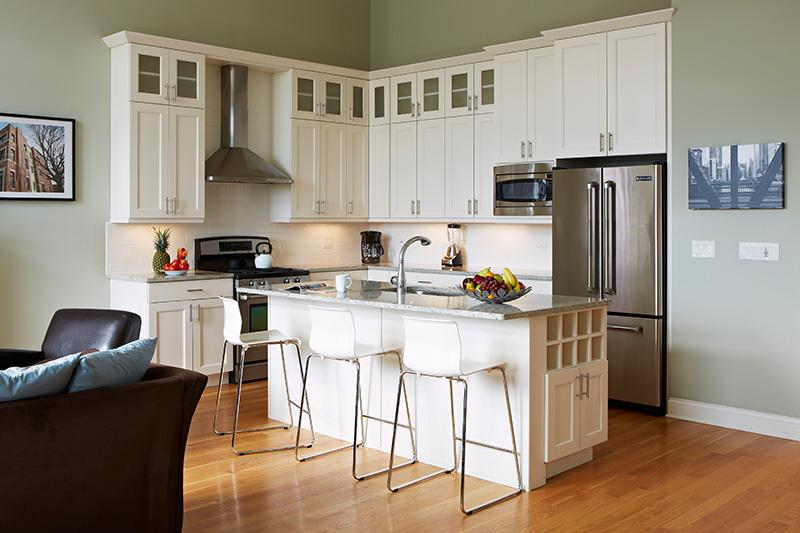 Gourmet kitchen in your Chicago vacation rental