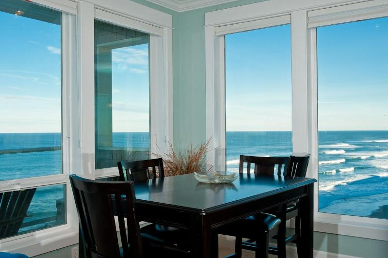 Multiple Oceanfront Condos to Choose From! - Book now at www.KeystoneVacationsOregon.com