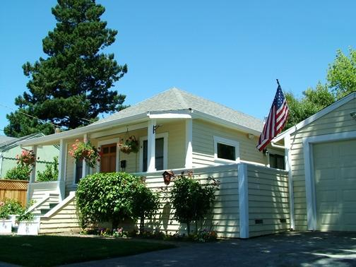 Front View, Historic Home in Old Town Napa