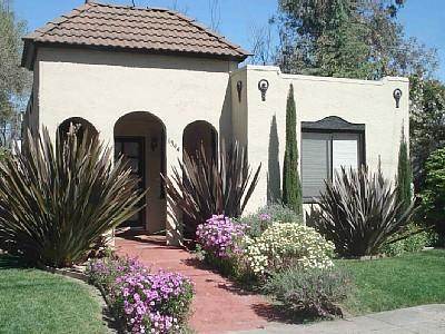 La Casita Napa Vacation Rental Front Entry