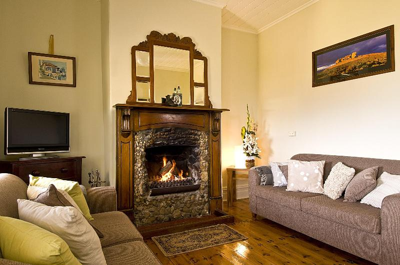 Relax in front of the open fire place that has kept generations of Islander's and traveller's warm