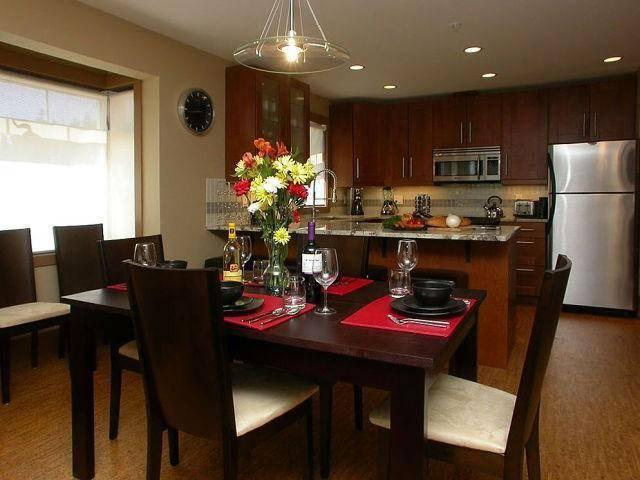 Elegant decor and trimmings, the dining room is perfect for elegant dinner parties or playing games.