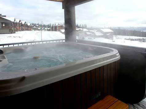 Enjoy your own Hot Tub on private deck with wonderful mountain views