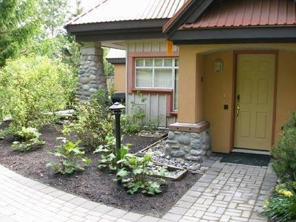 Private outdoor entrance to our bright corner unit. <b>Click on 'Photo Gallery' on the left hand side to view additional photos.</b>