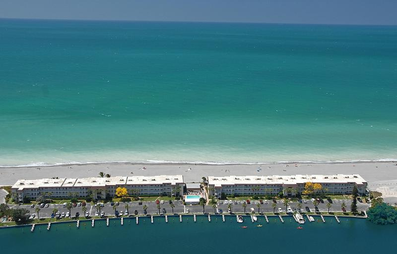 Luftbild des Fisherman's Cove am Turtle Beach auf Siesta Key