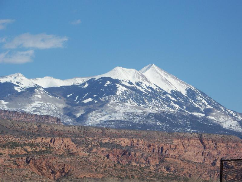 View from Master Balcony - GREATSUMMER/FALL RATES-WiFi+Hot Tub 1600 Sq.Ft - Moab - rentals