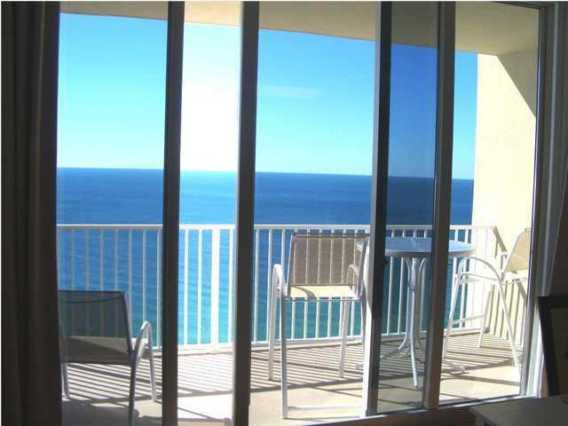 Just like flying above the ocean! - 18ft wide balcony overlooking the Ocean