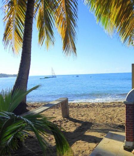 Swimming Beach Less than a Minutes Walk - NEW HOME-4 BED/4 BATH, POOL, STEP TO BEACH/DINING - Rincon - rentals