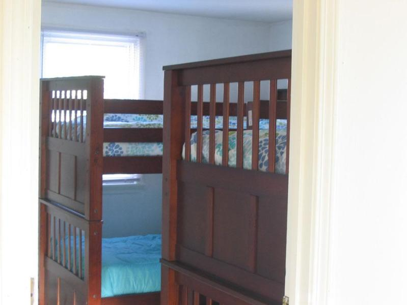 Bedroom 3, 2 sets of bunks