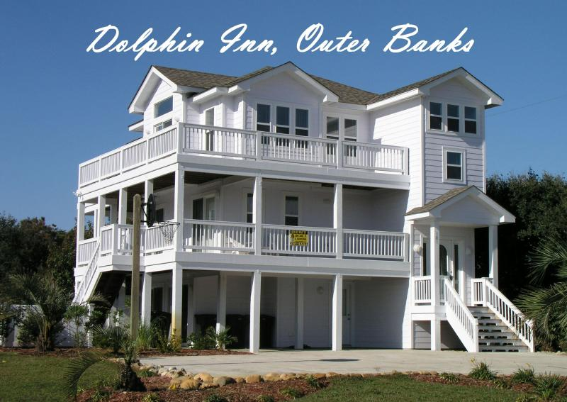 Dolphin Inn: 7 Bedrooms, Pool, Hot Tub, 1 1/2 blocks to beach, 1 mi. to Duck
