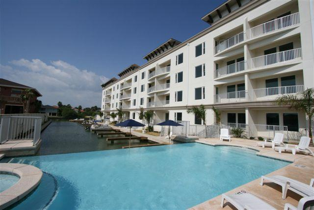 Las Marinas condominiums