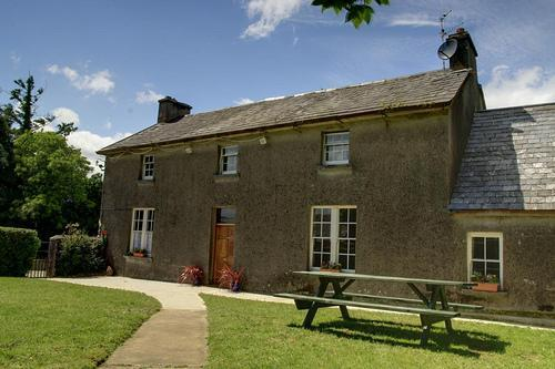 Nells Farm House with views of the Comeragh Mountains. All rooms on the ground floor