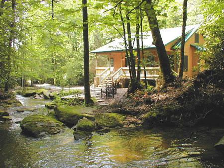 SECLUDED 'WATERFALL CABIN'  12 MILES FROM BREVARD,1/2 MILE  OFF PAVED RD,