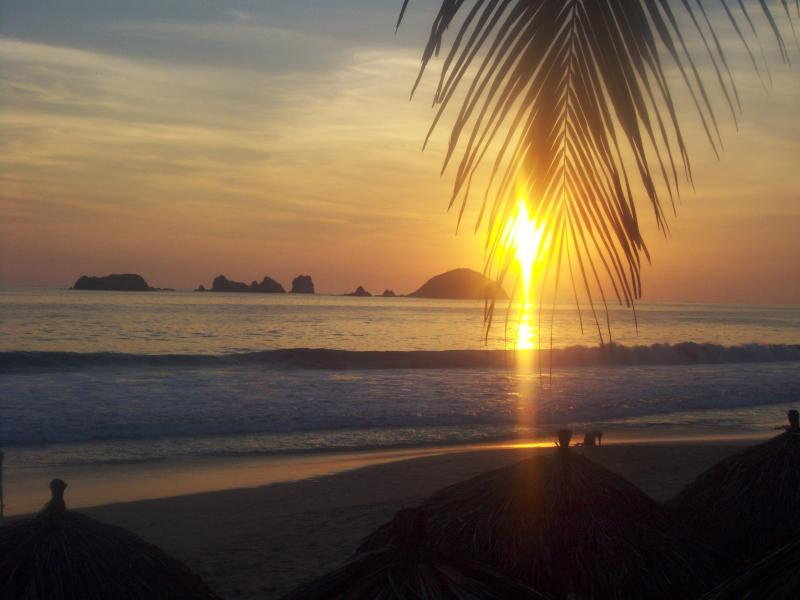 ....yes, one of those daily breathtaking sunsets that will make you forget everything else as it retires for the night