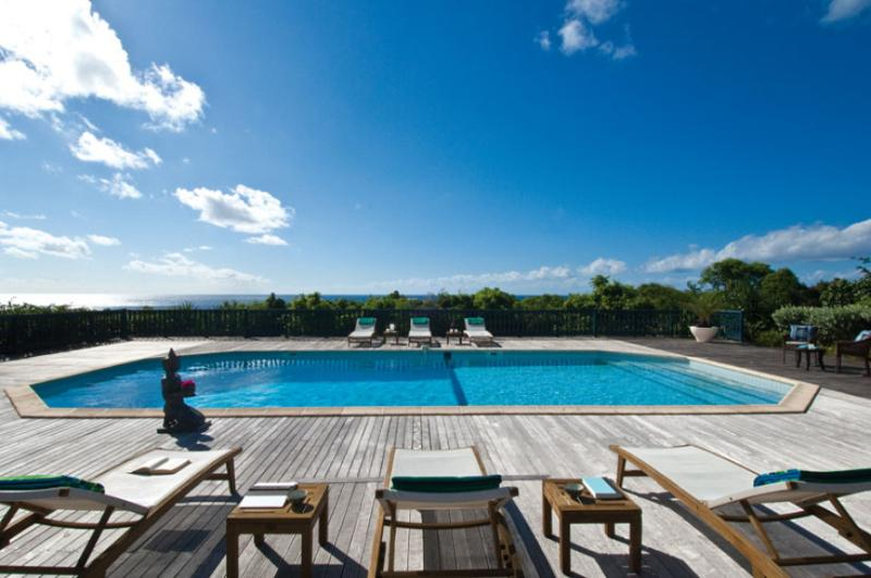 Villa Lotus...Terres Basses, St Martin 800 480 8555 - LOTUS...St Martin rental villa in French Lowlands...Open and fully air conditioned - Terres Basses - rentals