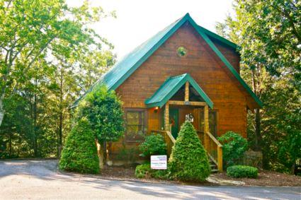 Welcome to Country Charm - Country Charm - Pigeon Forge - rentals