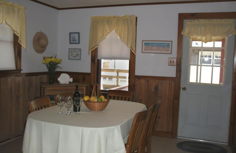 LARGE EAT-IN KITCHEN - Charming 3 Bedroom Cottage - Wareham - rentals
