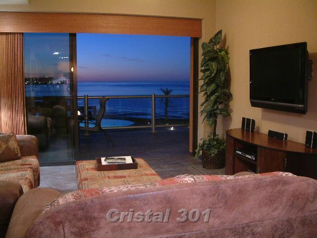 Family Room with Fantastic View of Pools and Ocean