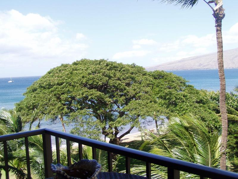 Oceanfront Views from Private Lanai