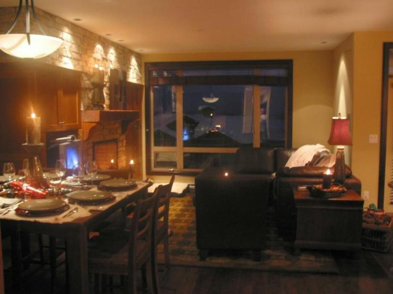 Superb layout with luxury finishings throughout and great ski-in ski-out access. View more pictures in the Photo Gallery