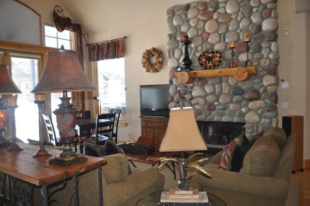 Living Area of Home at Masters 4, 32 Masters Dr., Copper Mountain, CO 80443