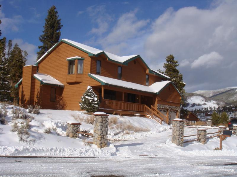 Alpine Living in Summit County! - Gorgeous Alpine Home! Hot Tub, Centrally Located! - Keystone - rentals