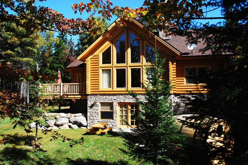 Fiddler Lake Resort: Deer Trail 4 bedrooms - Image 1 - Saint Sauveur des Monts - rentals