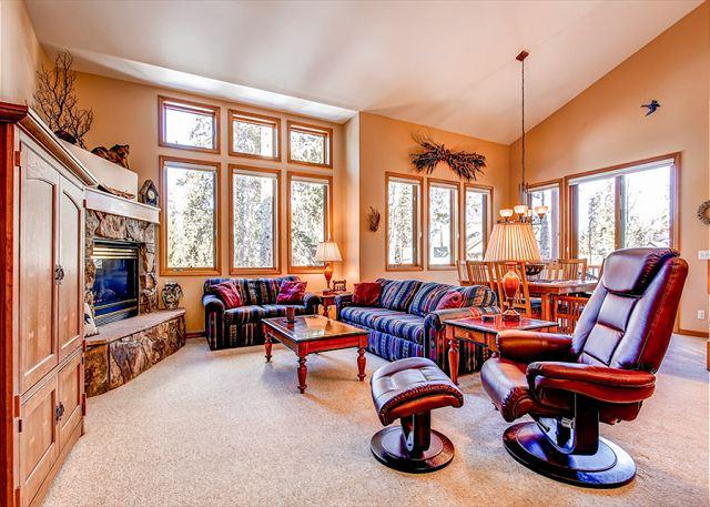 White Wolf Townhome Living Room Breckenridge Lodging Vacation Re