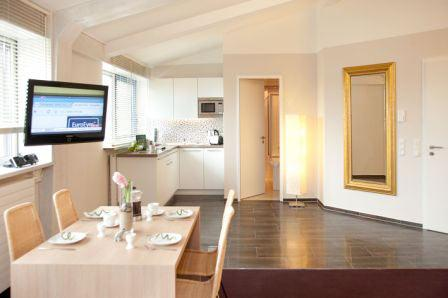 LLAG Luxury Vacation Apartment in Munich - 592 sqft, hotel service, great location, modern furnishings… #844