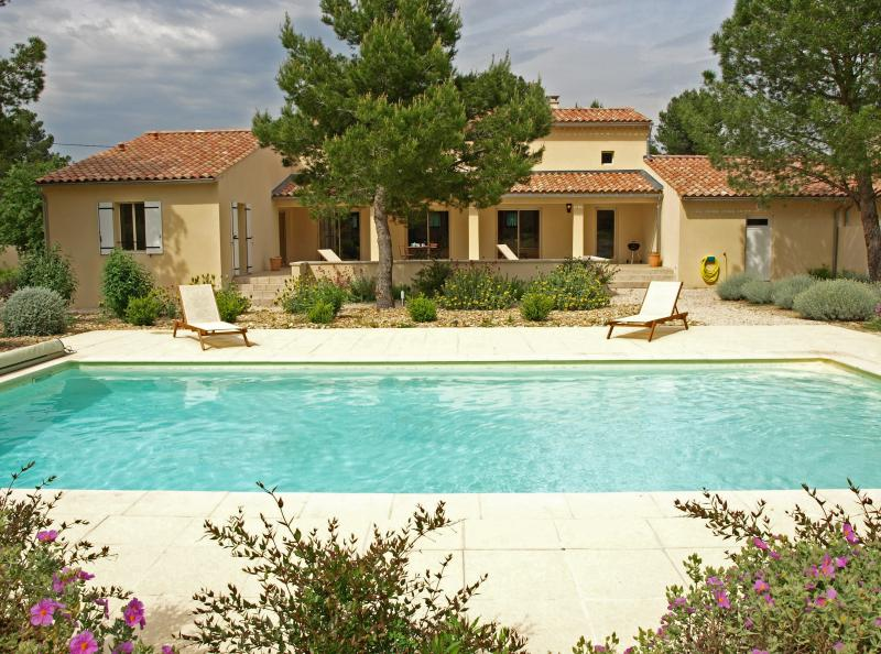 Vacation Villa in Provence near Carpentras - Maison Mazan - Image 1 - Mazan - rentals