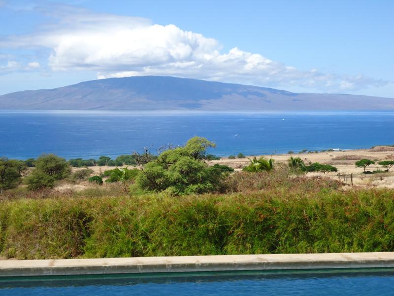 view of Lahaina bay from pool deck