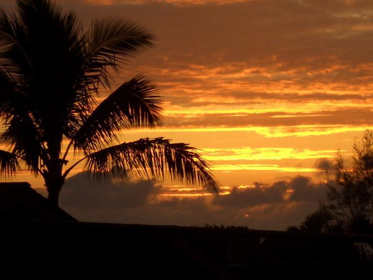 Fabulous sunsets from the lanai