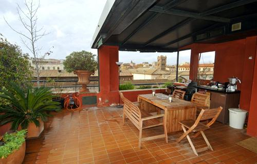A tower penthouse with panoramic terrace over Rome